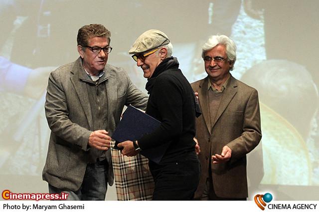 محمود کلاری برنده بهترین فیلمبرداری فیلم استرداد