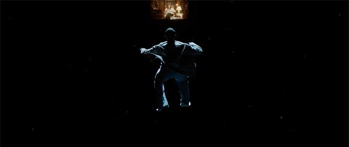 نمایی از فیلم سینمایی برو بیرون