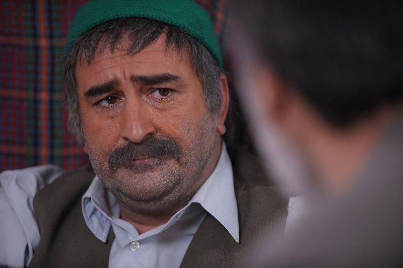 فیلم شیار 143.نرگس آبیار. مهران احمدی