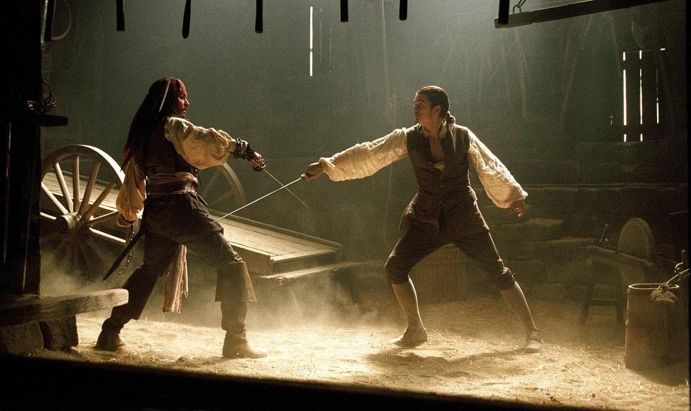 بهترین فیلم های سینمایی اکشن در تاریخ سینما - دزدان دریایی کارائیب: نفرین مروارید سیاه (Pirates of the Caribbean: The Curse of the Black Pearl)