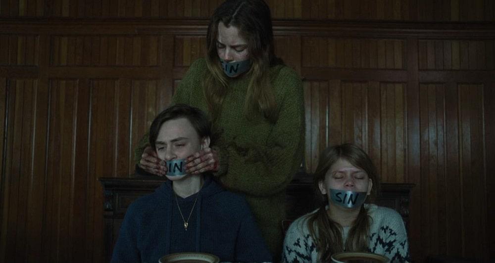 کلبه (The Lodge) - بهترین فیلمهای ترسناک 2020