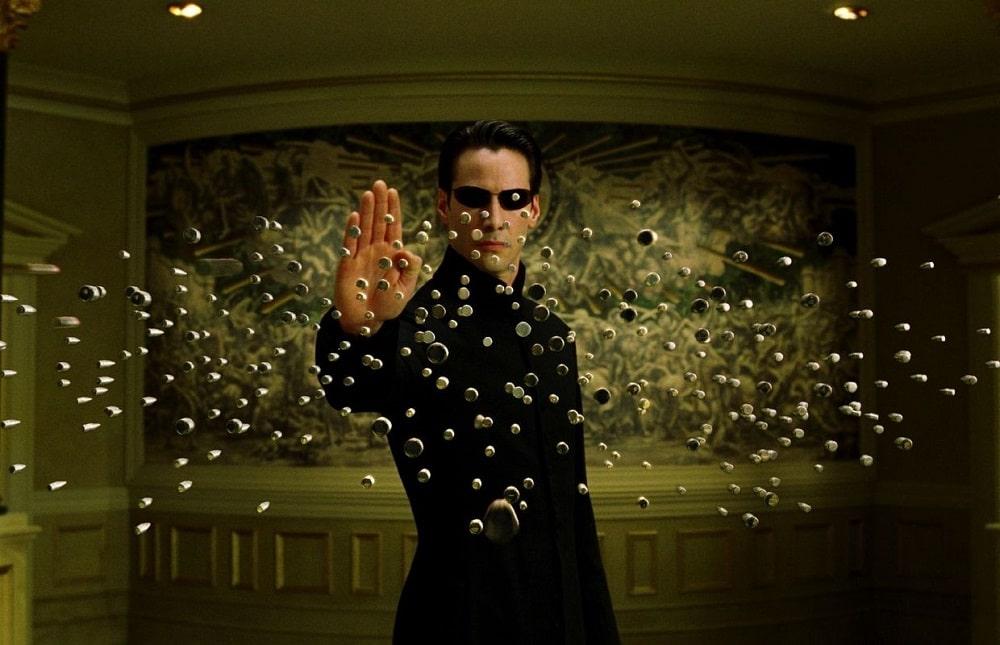 بهترین فیلم ها و سریال هایی که برنامه نویسان باید ببینند - ماتریکس (The Matrix)