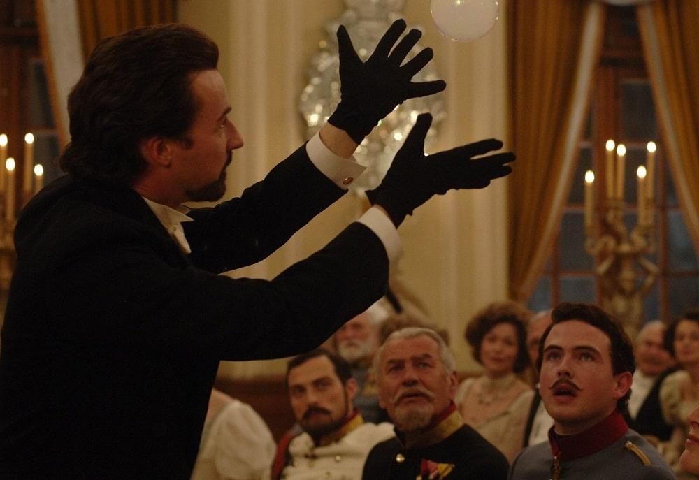 بهترین فیلم های معمایی و راز آلود تاریخ سینما - شعبده باز (The Illusionist)