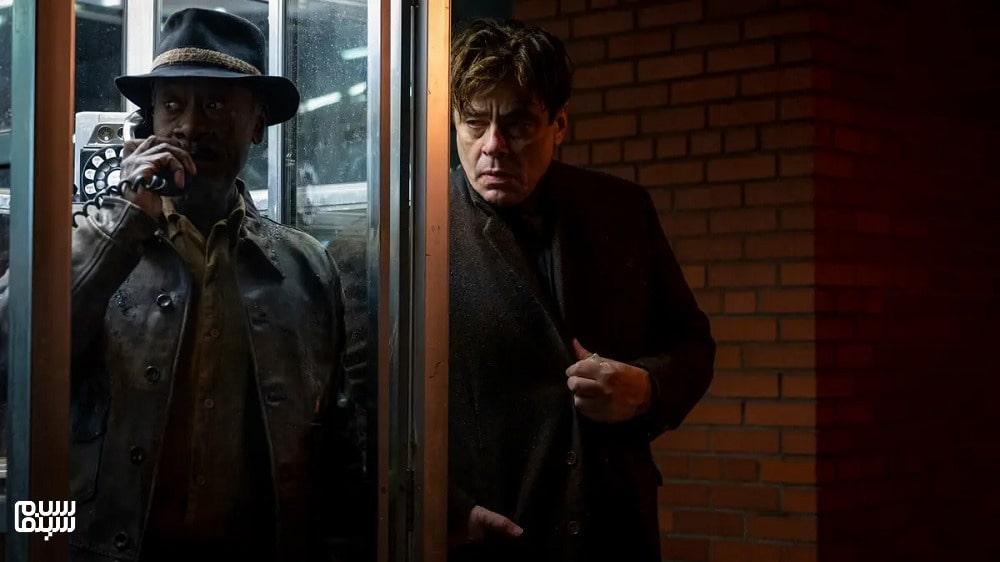 بهترین فیلمهای جنایی 2021-حرکت ناگهانی ممنوع-بنیسیو دل تورو و دان چیدل