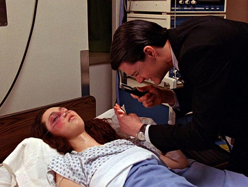 تویین پیکس (Twin Peaks) - بهترین سریال های جنایی