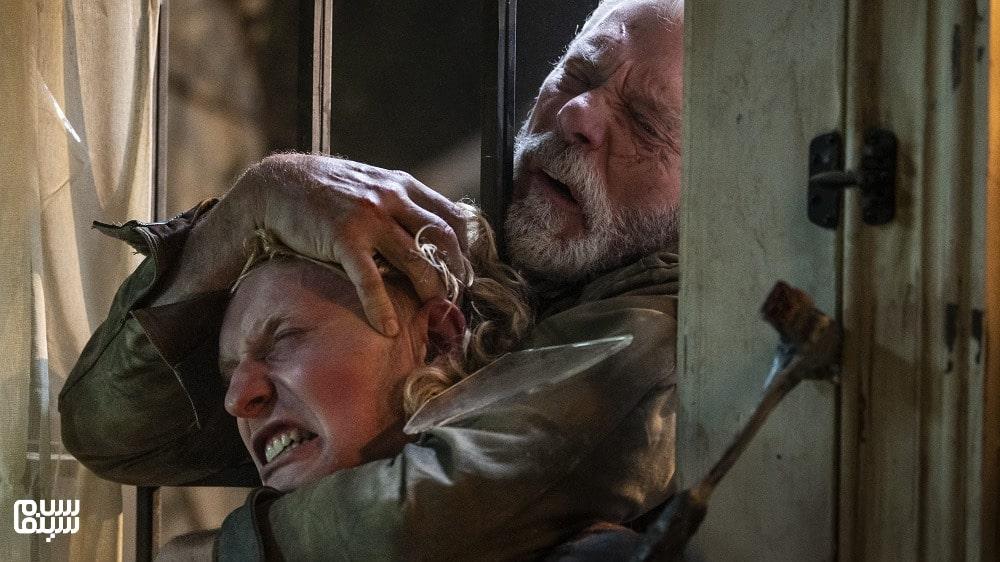 بهترین فیلمهای ترسناک 2021-نفس نکش 2-استفان لانگ در حال خفه کردن