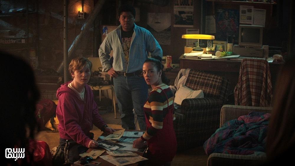 بهترین فیلمهای ترسناک 2021-خیابان ترس-خانه