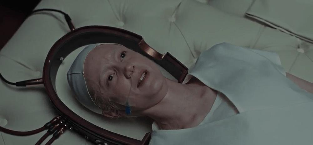 بهترین فیلمهای علمی تخیلی 2020 - تسخیر کننده (possessor)