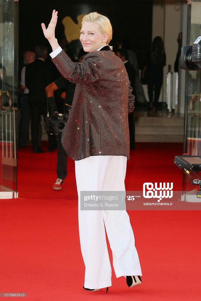 کیت بلانشت در فرش قرمز خورشید در جشنواره ونیز 2020