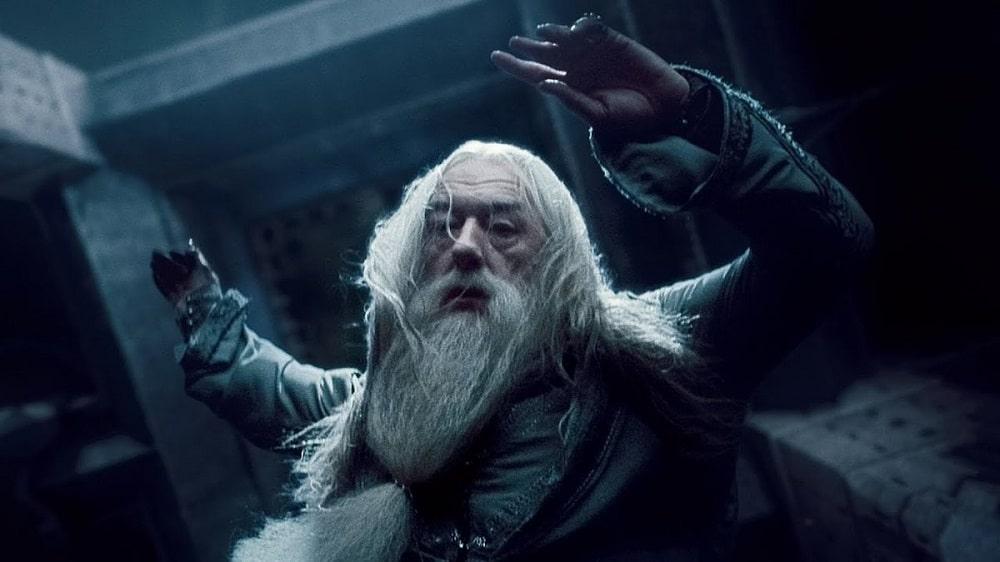بهترین و بدترین پایانبندیها برای شخصیتهای سری فیلم های هری پاتر - مرگ دامبلدور