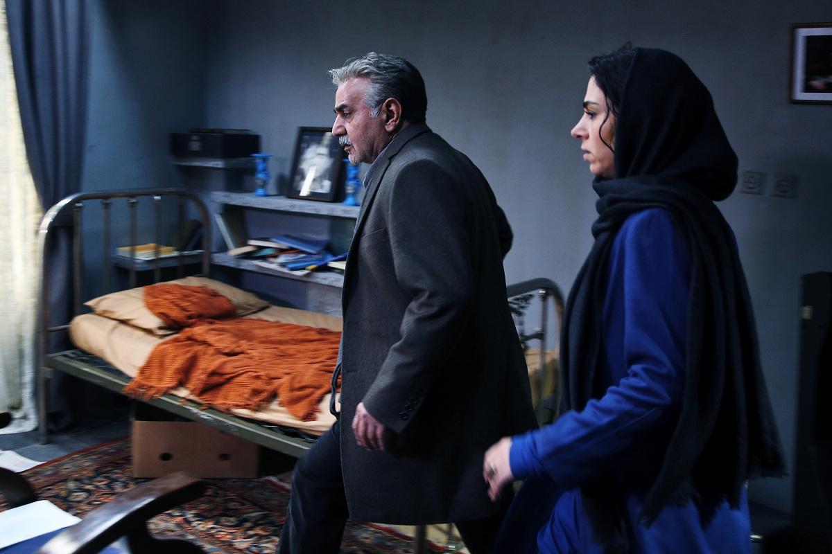 """نسخه نهایی """" خانه کاغذی """" به دبیرخانه جشنواره فجر تحویل داده شد"""