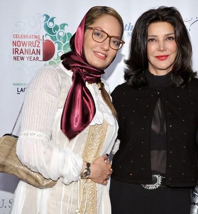 عکس های مهناز افشار در کنار شهره آغداشلو در ششمین جشنواره فیلم های کوتاه Mahnaz afshar 2014