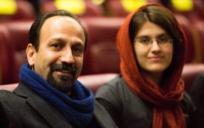 اصغر فرهادی و دخترش سارینا فرهادی در سی و دومین جشنواره فیلم فجر