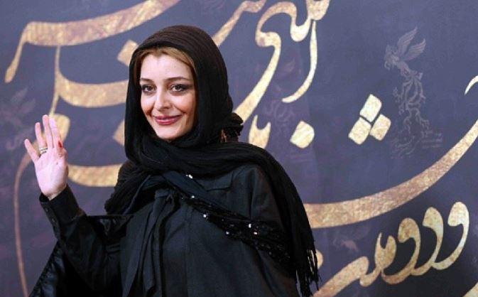 در اختتامیه سی و دومین جشنواره فیلم فجرساره بیات