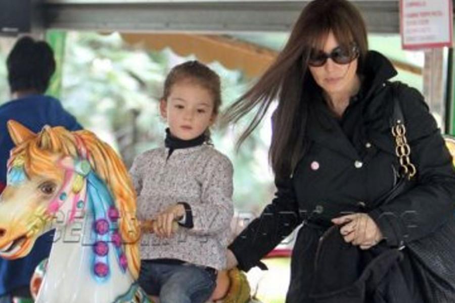 مونیکا بلوچی و دخترش