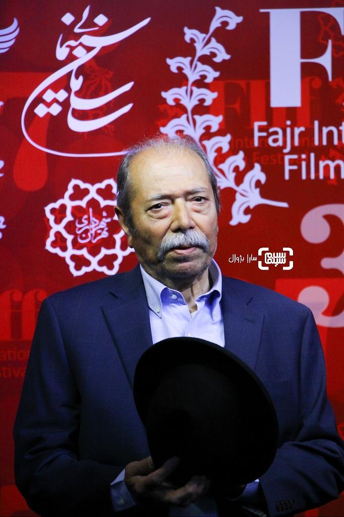 علی نصیریان در روز ششم سی و هفتمین جشنواره جهانی فیلم فجر