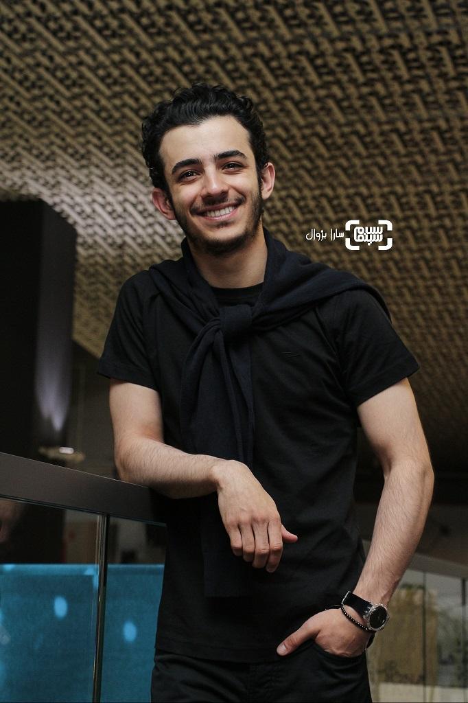 عکس علی شادمان در روز پنجم سی و هفتمین جشنواره جهانی فیلم فجر