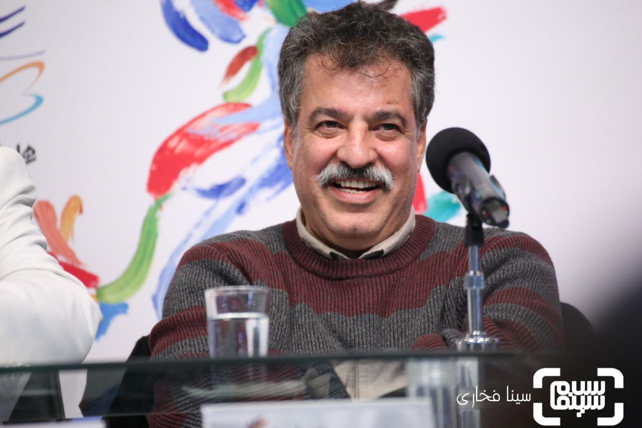 علیرضا رئیسیان گزارش تصویری اکران و نشست «مردی بدون سایه»/جشنواره 37