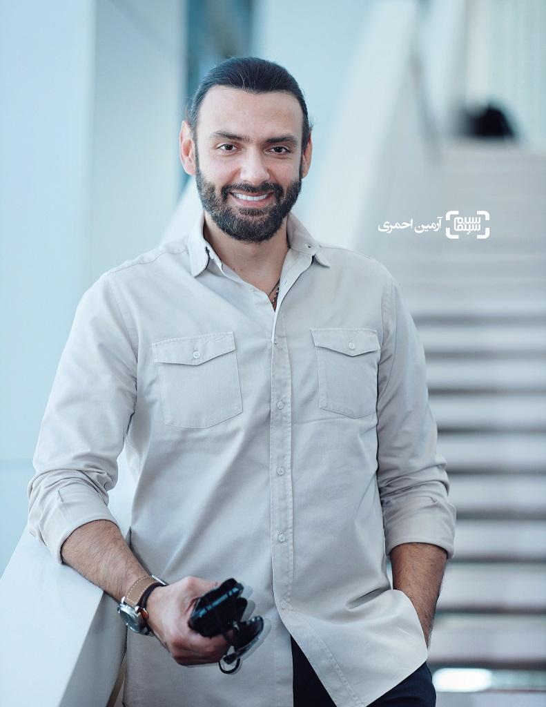 امیرعلی دانایی در سی و هشتمین جشنواره جهانی فیلم فجر - چارسو