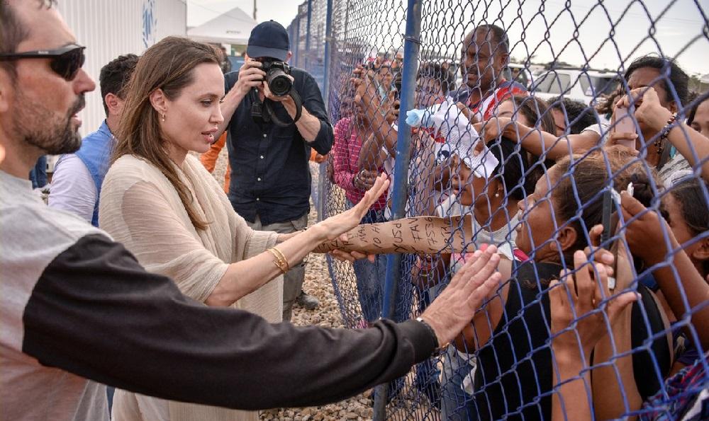 دیدار آنجلینا جولی از پناهجویان ونزوئلایی