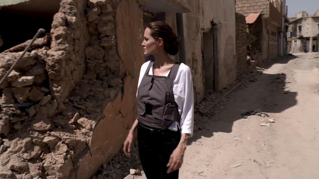 بازدید آنجلینا جولی از شهر موصل عراق/گزارش تصویری