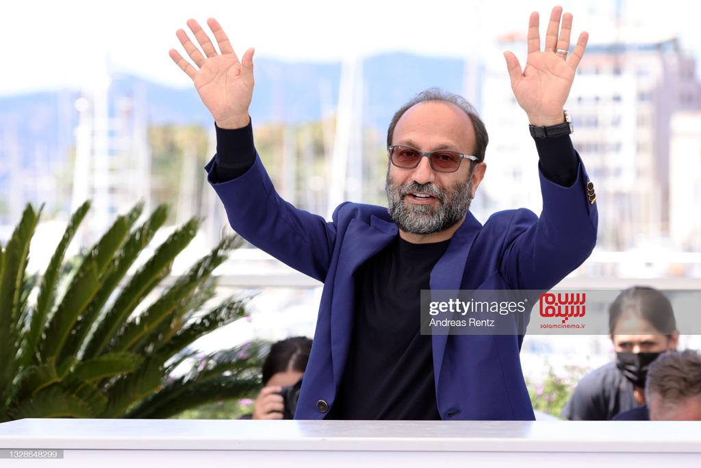 اصغر فرهادی در فتوکال فیلم  قهرمان - کن 2021