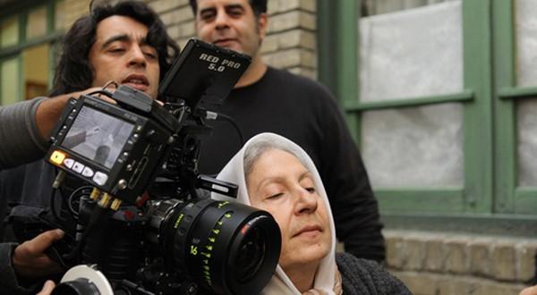 آشغال های دوست داشتنی+تورج منصوری