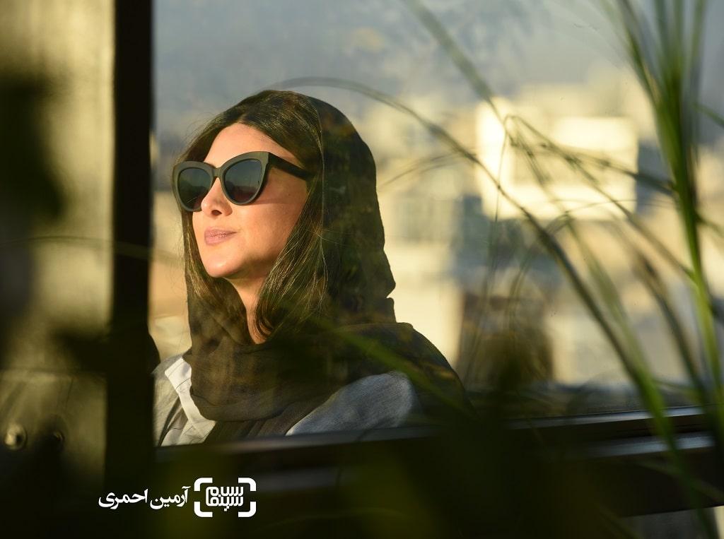 روز دوم سی و هشتمین جشنواره جهانی فیلم فجر - أزاده صمدی
