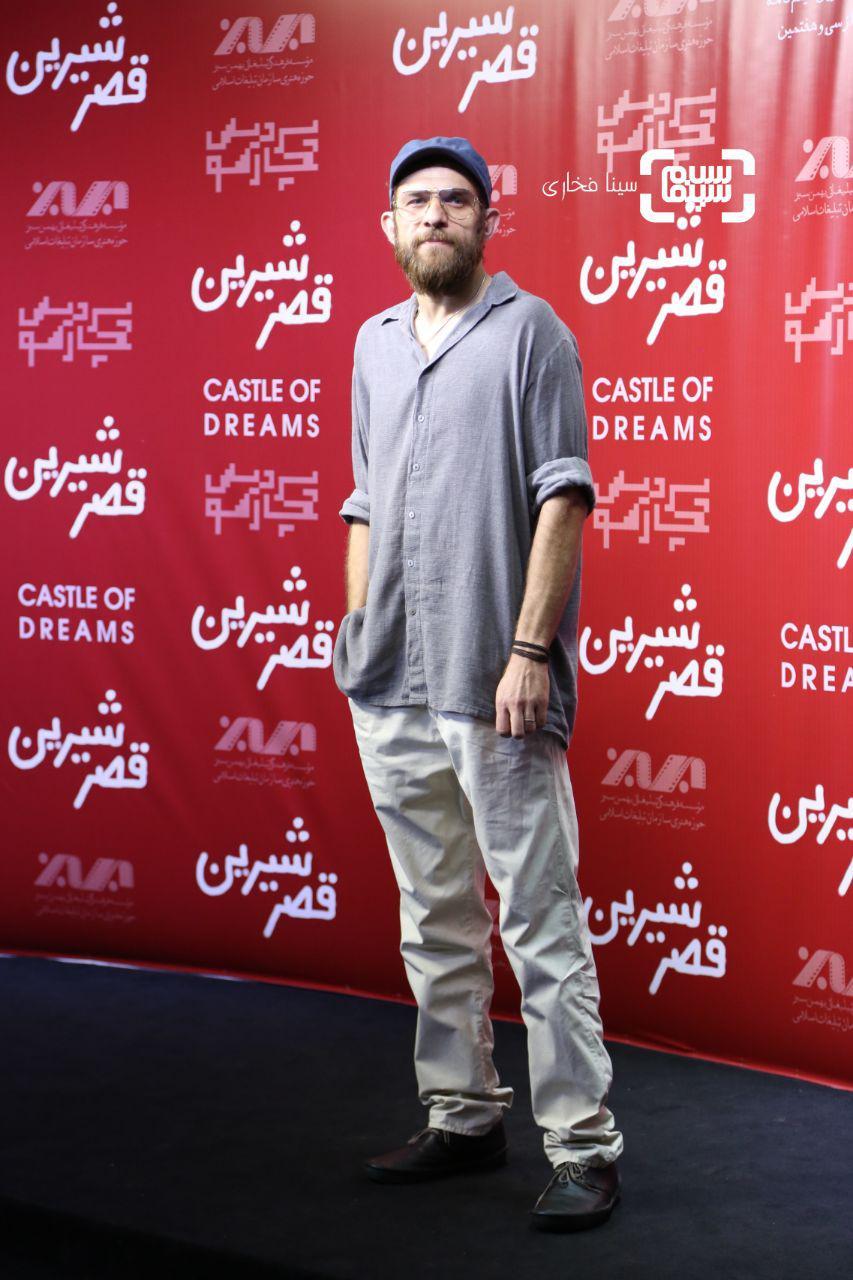 عکس بابک حمیدیان در اکران خصوصی فیلم «قصر شیرین»