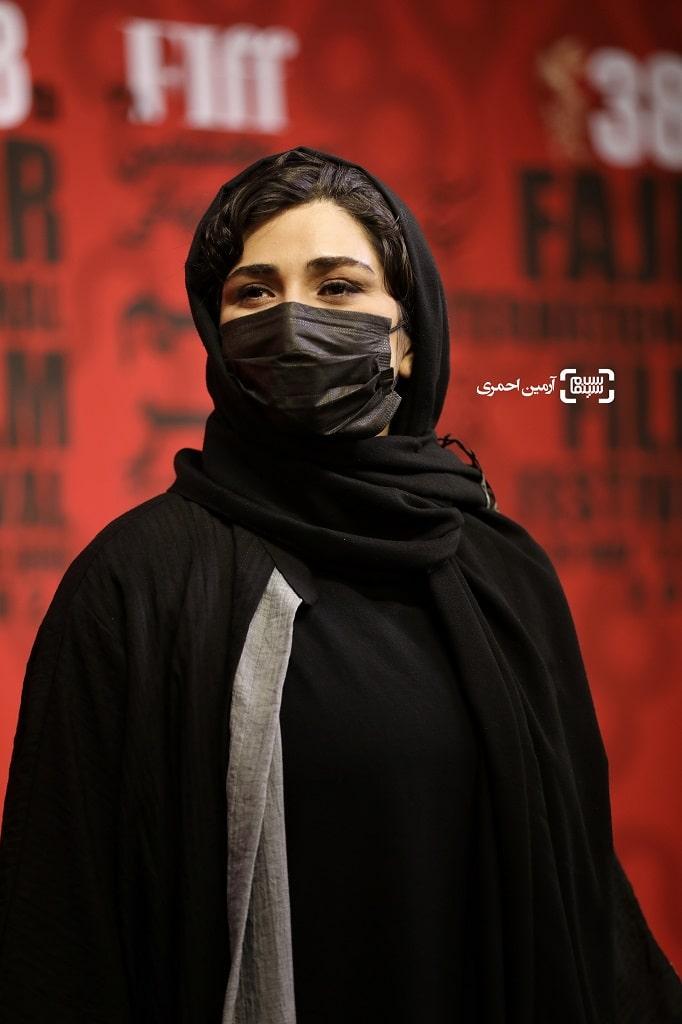 باران کوثری - سی و هشتمین جشنواره جهانی فیلم فجر - اکران گیج گاه - چارسو