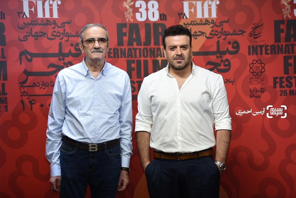 بهرنگ علوی و پدرش در اکران شهربانو در سی و هشتمین جشنواره جهانی فیلم فجر