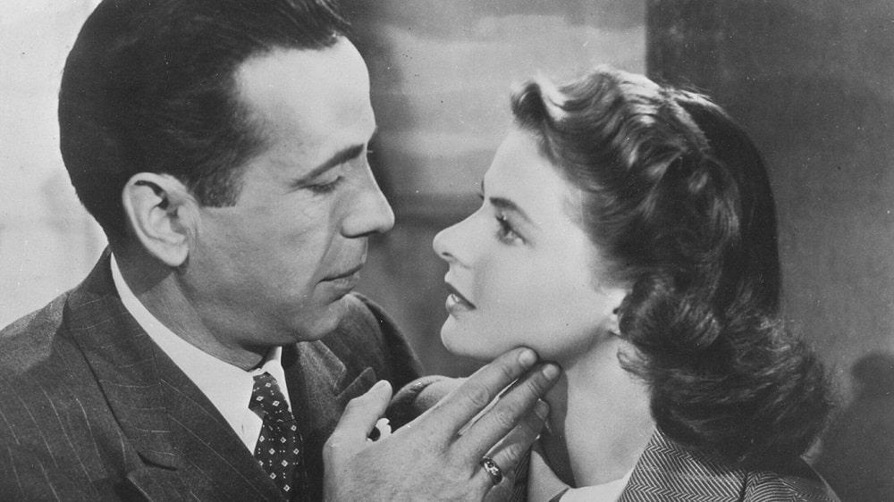 بهترین فیلم های سینمایی جهان در ژانر درام و عاشقانه - کازابلانکا (Casablanca)