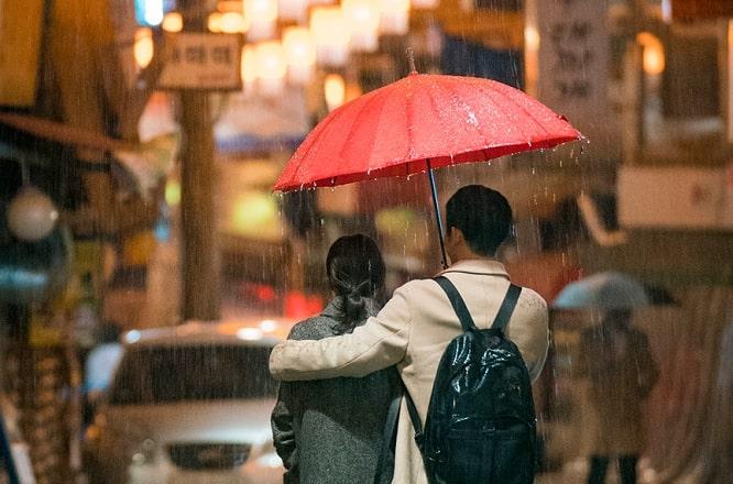 بهترین و محبوب ترین سریال های کره ای عاشقانه و کمدی - چیزی در باران