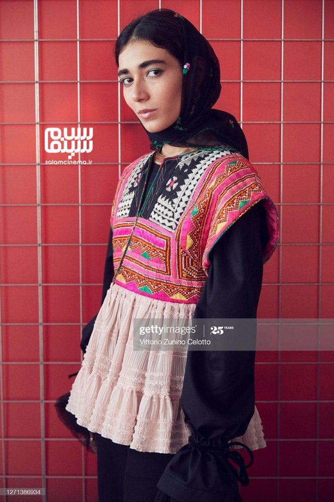 راضیه منصوری در مراسم اکران فیلم سینمایی «جنایت بی دقت» در جشنواره فیلم ونیز 2020