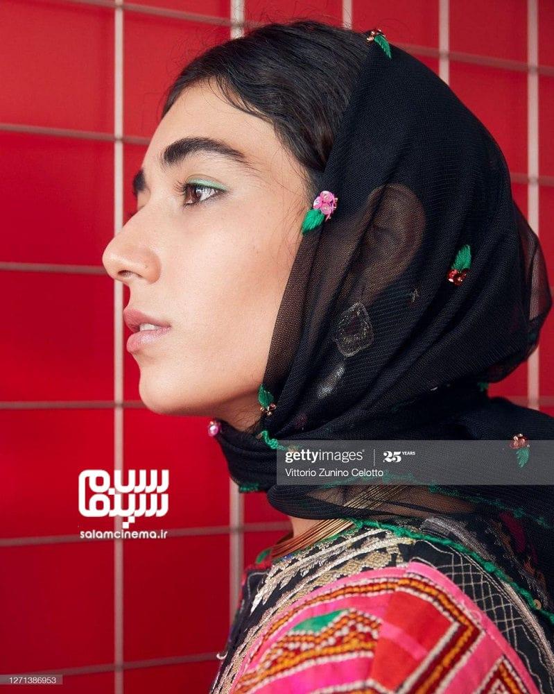 راضیه منصوری در اکران فیلم «جنایت بی دقت» در جشنواره فیلم ونیز 2020