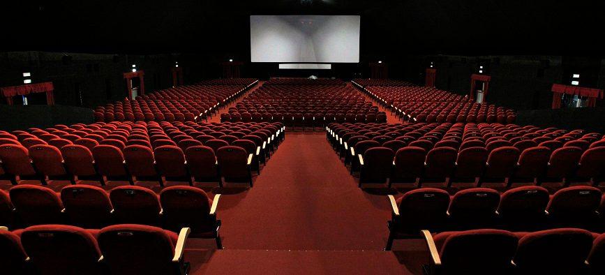 افت فروش در سینماها و ضرر سینماداران