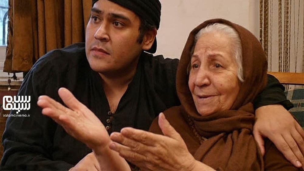 احترام حبیبیان و رضا داوودنژاد-نوه و مادربزرگ- روز جهانی سالمند-کاراکترهای شیرین و بامزه سینمای ایران