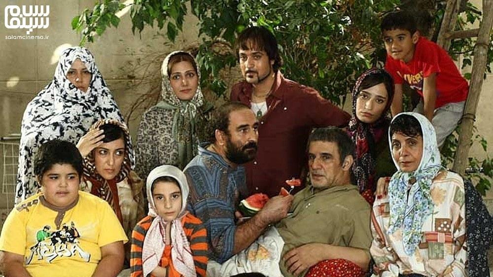 مهدی هاشمی و خانواده در هیچ- روز جهانی سالمندان- کاراکرترهای بامزه سینمای ایران