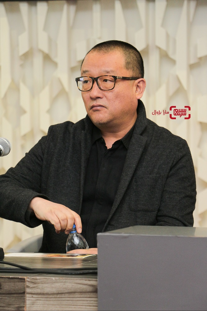 وانگ ژیائوشوای نشست خبری داوران سی و هفتمین جشنواره جهانی فیلم فجر