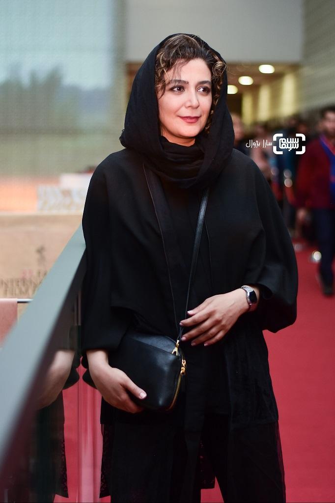عکس الهام کردا در روز دوم سی و هفتمین جشنواره جهانی فیلم فجر
