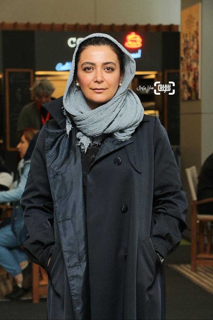 عکس الهام کردا در روز پنجم سی و هفتمین جشنواره جهانی فیلم فجر