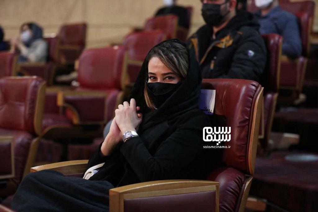 الناز حبیبی - اختتامیه سی و نهمین جشنواره فبلم فجر
