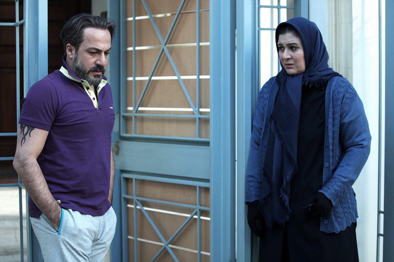 ریما رامین فر و امیر آقایی در نمایی از فیلم فصل نرگس