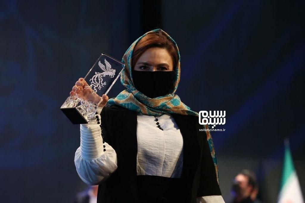 گلاره عباسی - بهترین نقش مکمل زن - فجر 39