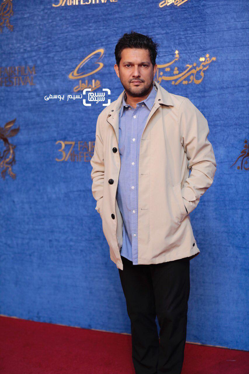 حامد بهدادگزارش تصویری اکران و نشست «جان دار»/جشنواره فجر 37