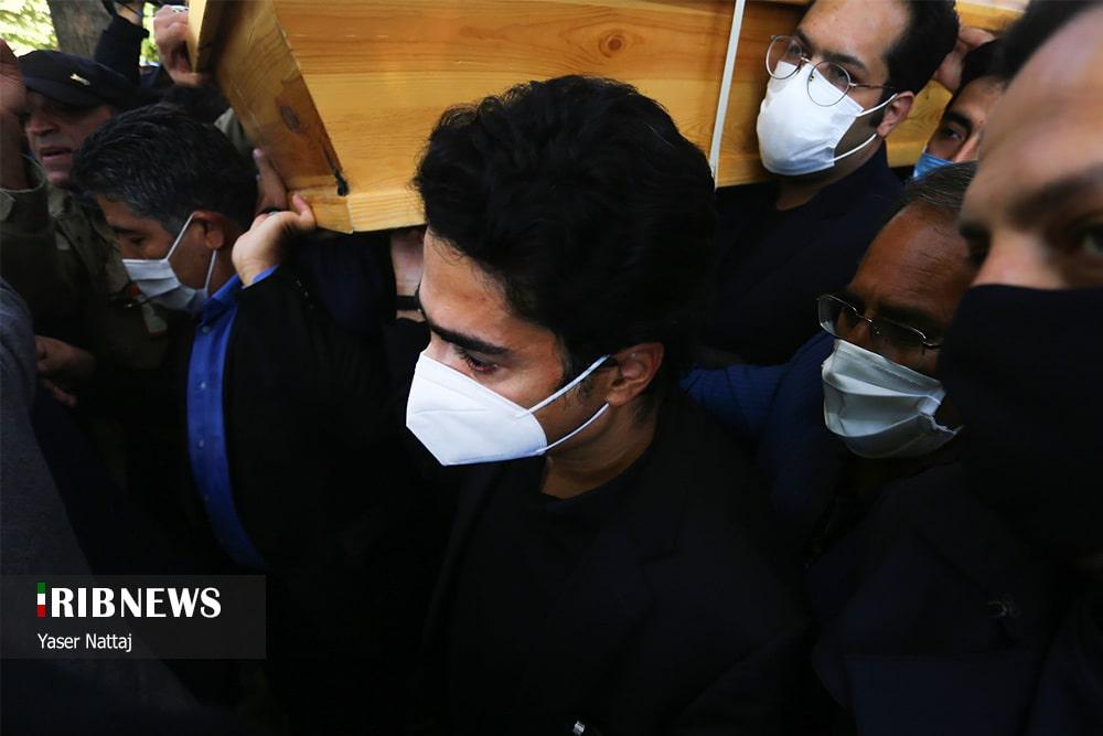 مراسم تشییع و خاکسپاری پیکر محمدرضا شجریان