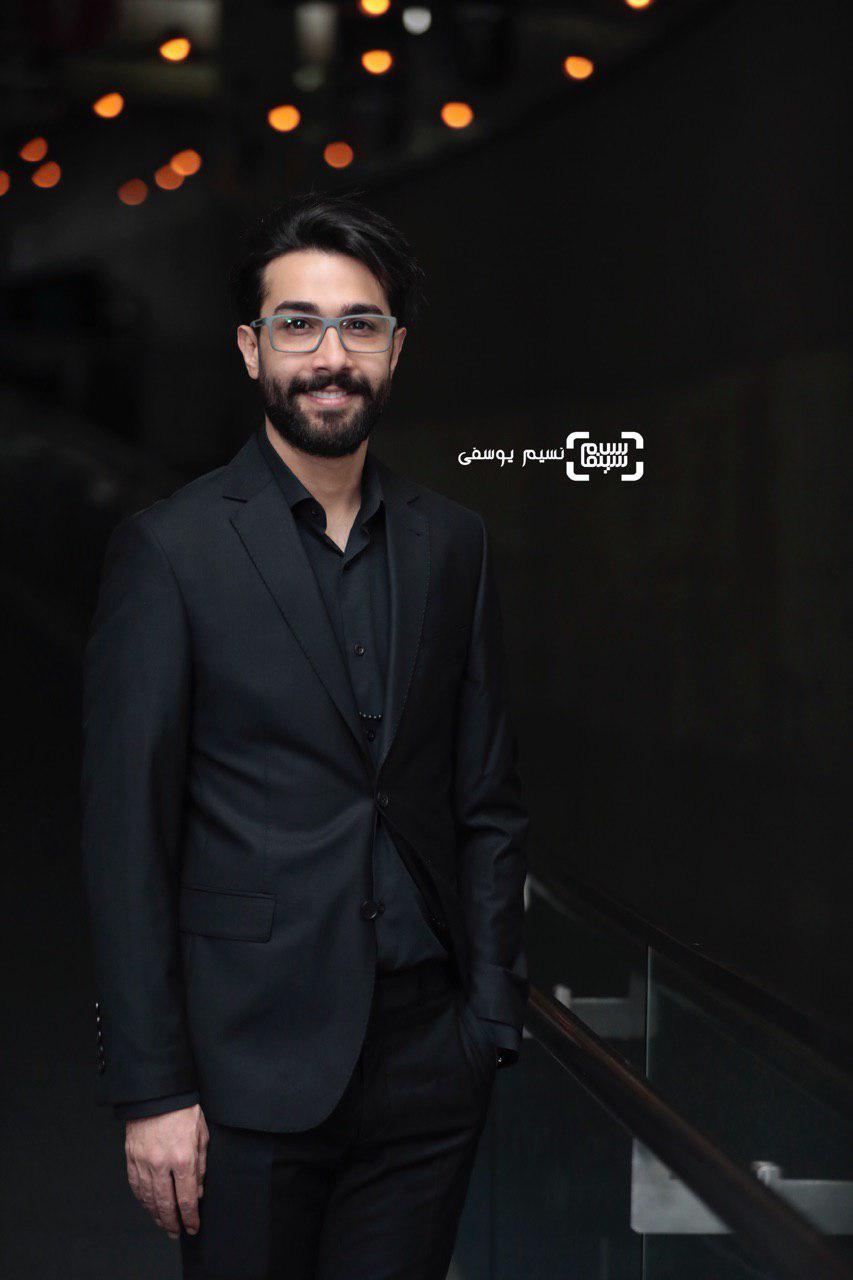 حسین مهری گزارش تصویری اکران و نشست «ماجرای نیمروز: رد خون»/جشنواره فجر 37