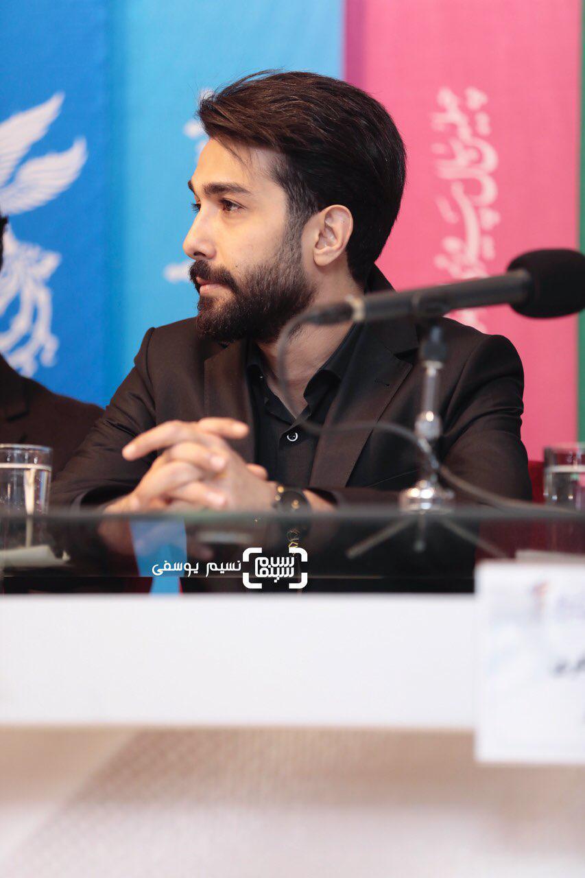 حسین مهریگزارش تصویری اکران و نشست «ماجرای نیمروز: رد خون»/جشنواره فجر 37