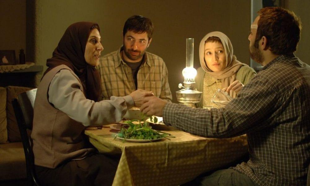 اینجا بدون من- بهترین فیلم های اقتباسی سینمای ایران