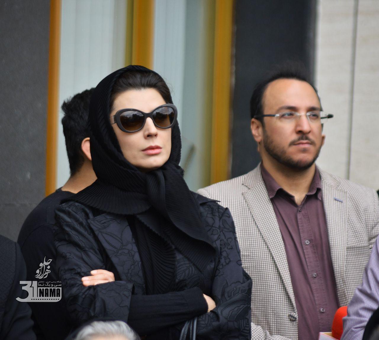 لیلا حاتمی - عکسهای مراسم تشییع جمشید مشایخی